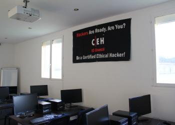 CEH-videoprojecteur